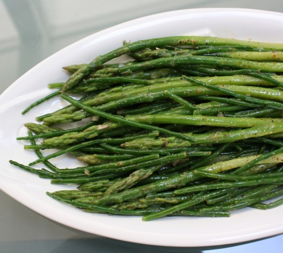 Samphire asparagus vinaigrette tight